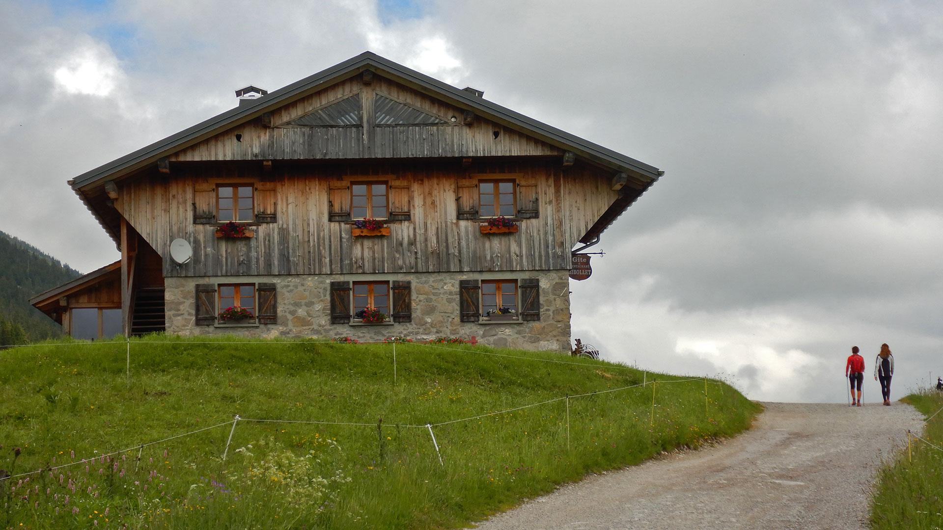 Haute- Savoie Pas du Roc - Col des Glières